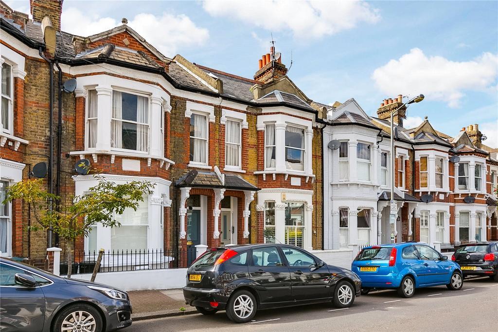 2 Bedrooms Flat for sale in Marney Road, Battersea, London