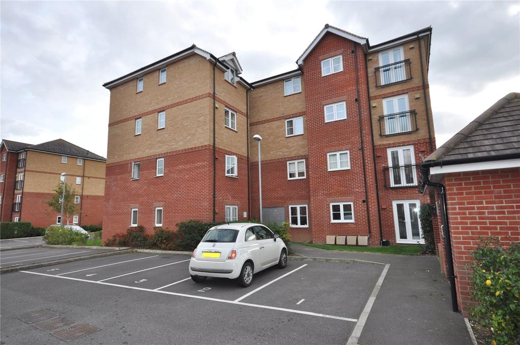 2 Bedrooms Apartment Flat for sale in Richmond House, 6 Twickenham Close, Swindon, Wiltshire, SN3