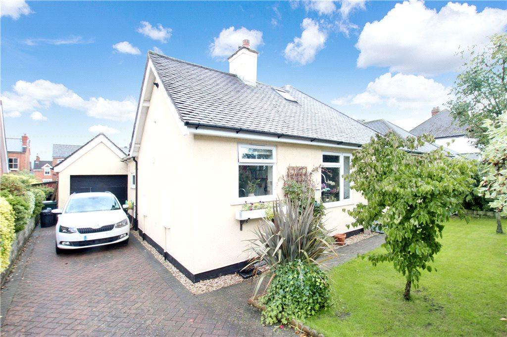 3 Bedrooms Detached Bungalow for sale in Cromwell Road, Malvern, Worcestershire, WR14