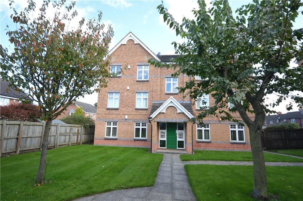 2 Bedrooms Apartment Flat for sale in Helmsley Court, Middleton, Leeds, West Yorkshire