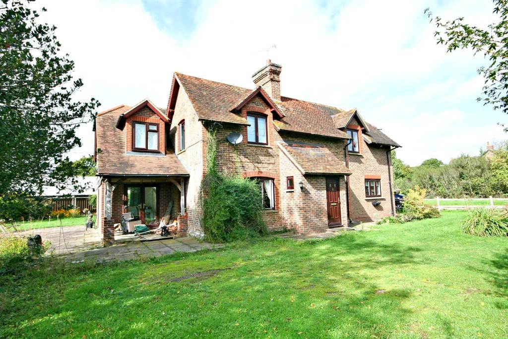 4 Bedrooms Farm House Character Property for sale in Coolham Road, Coolham