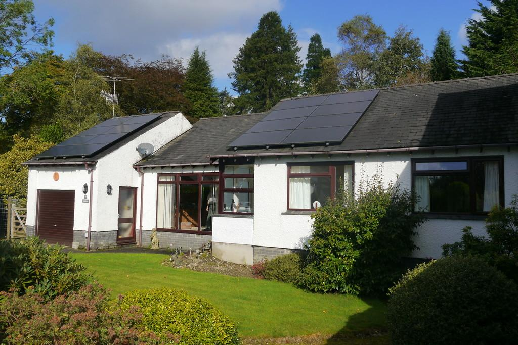 3 Bedrooms Detached Bungalow for sale in 9 Loughrigg Meadow, Ambleside, LA22 0DZ