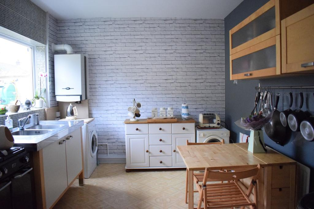 3 Bedrooms Terraced House for sale in North Road, Hartlepool TS25
