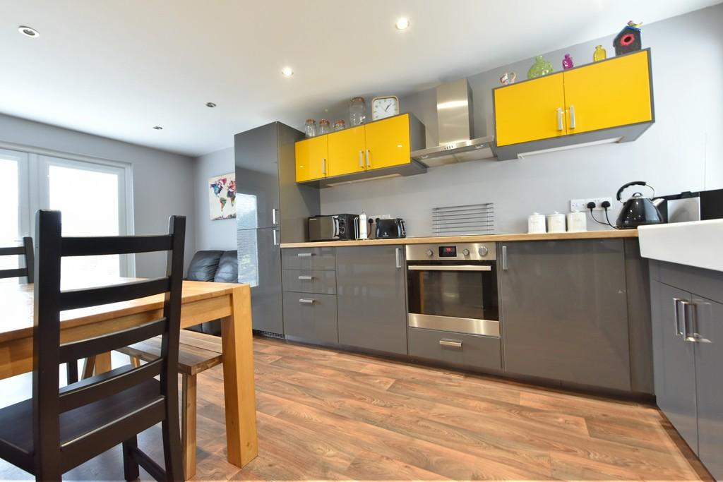 3 Bedrooms End Of Terrace House for sale in Tongbarn, Skelmersdale