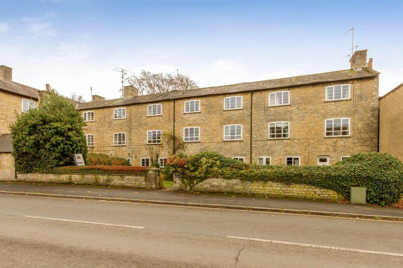 1 Bedroom Apartment Flat for sale in Woodgreen, Witney