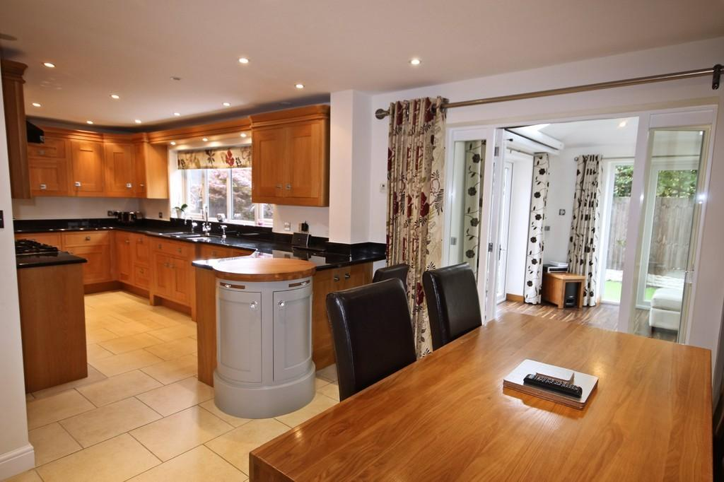 4 Bedrooms Detached House for sale in Bramley Close, Moira