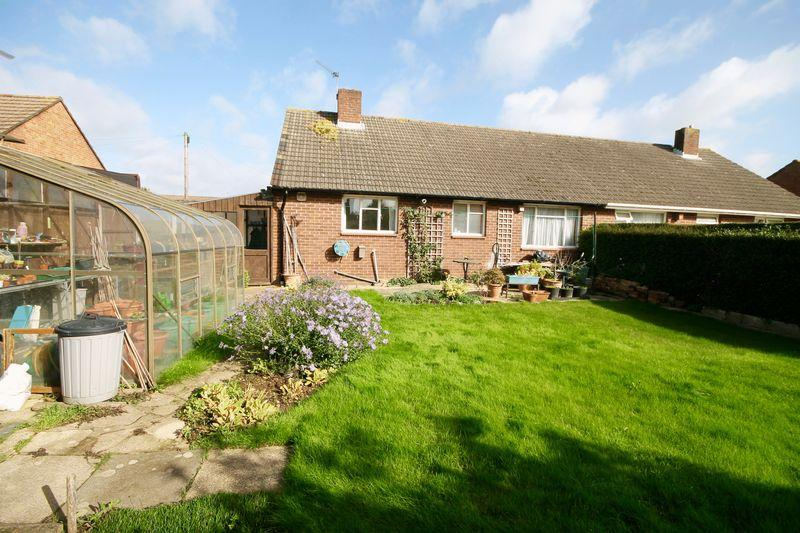 2 Bedrooms Semi Detached Bungalow for sale in Priors Close, Southbourne