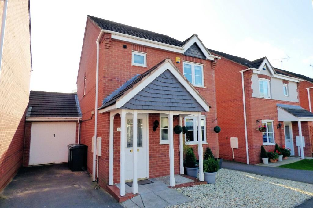 3 Bedrooms Link Detached House for sale in Avon Way, Hilton