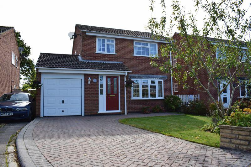3 Bedrooms Detached House for sale in Charnwood Way, Southampton