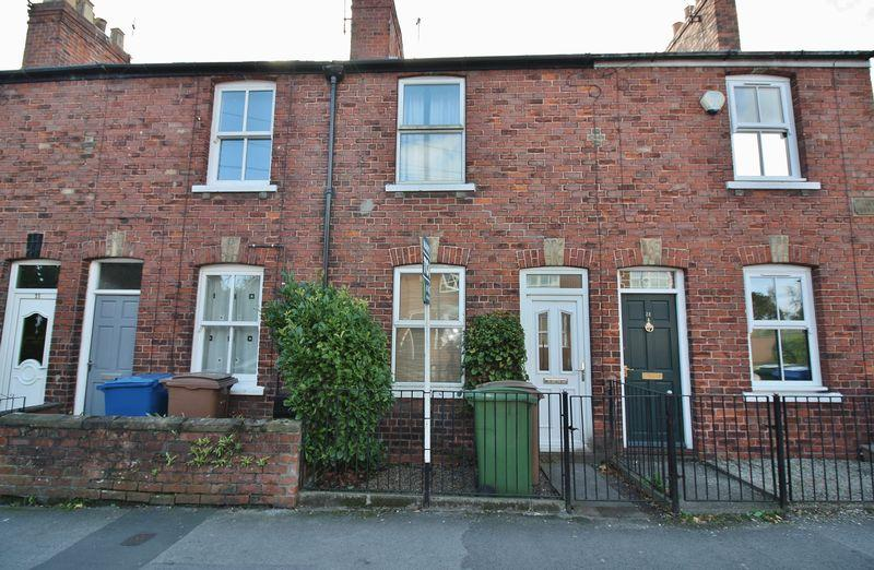 2 Bedrooms Terraced House for sale in Morton Lane, Beverley
