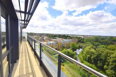 2 bedroom penthouse to rent - Century Tower, Chelmsford