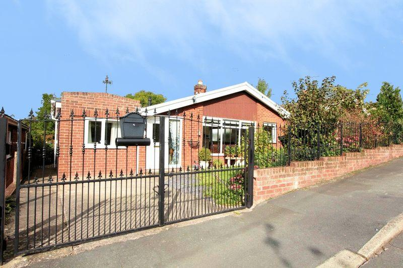 3 Bedrooms Detached Bungalow for sale in Bryn Arthur, St. Asaph