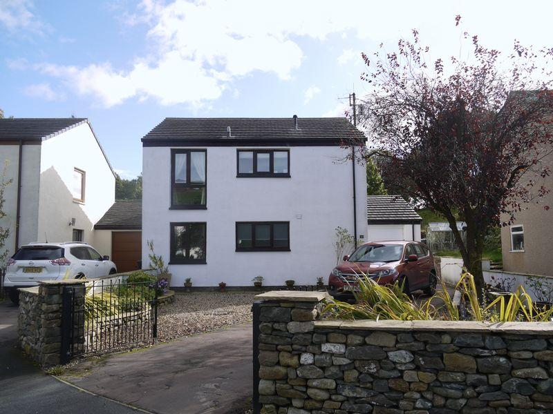 3 Bedrooms Link Detached House for sale in 12 Queens Drive, Sedbergh
