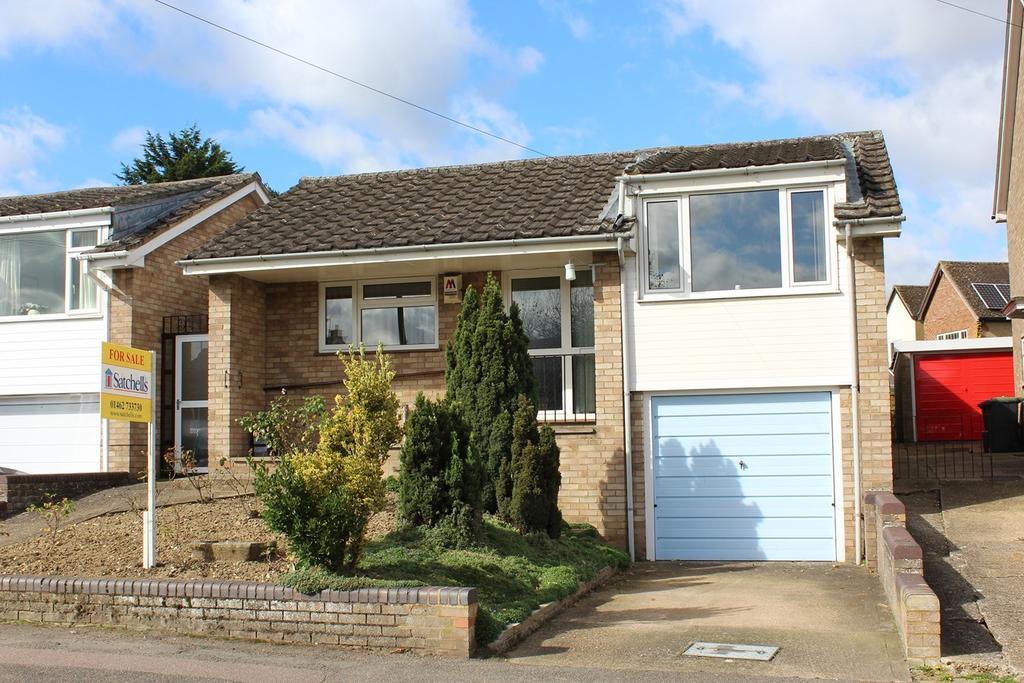 4 Bedrooms Detached Bungalow for sale in Queen Street, Stotfold, Hitchin, SG5