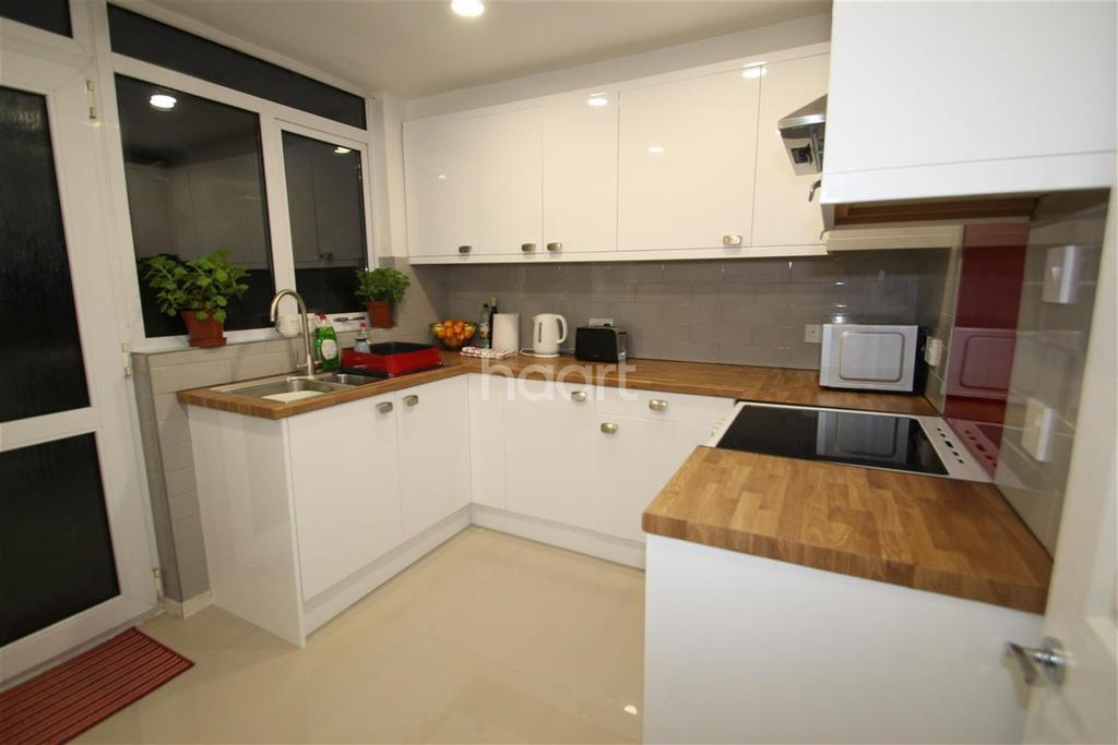 1 Bedroom House Share for rent in The Hornbeams, Harlow