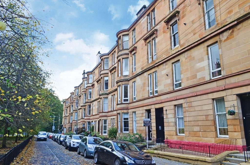 3 Bedrooms Flat for sale in Woodlands Drive, Flat 3/3, Woodlands, Glasgow, G4 9DW