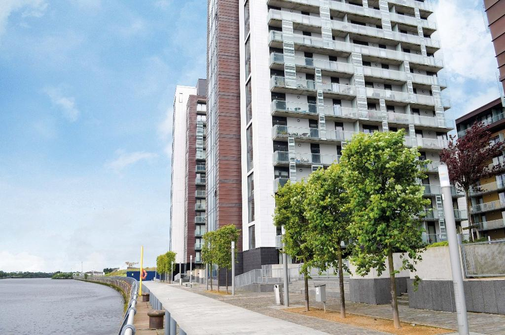 2 Bedrooms Flat for sale in Meadowside Quay Walk, Flat 0/2, Glasgow Harbour, Glasgow, G11 6DL