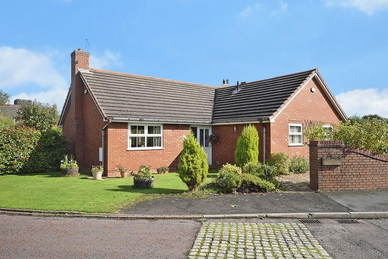 3 Bedrooms Detached Bungalow for sale in Sanbec Gardens, Widnes