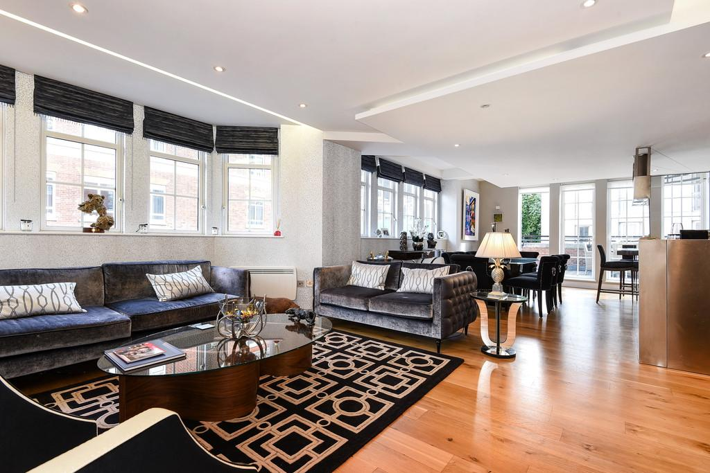 2 Bedrooms Apartment Flat for sale in Romney House, 47 Marsham Street, SW1P