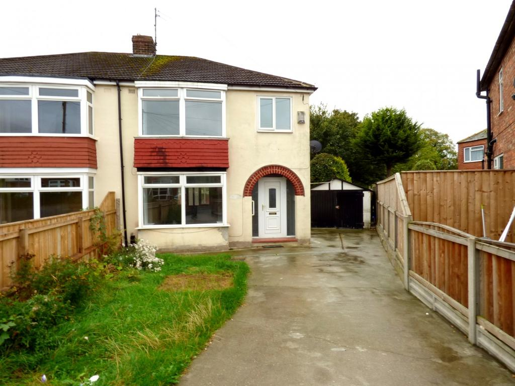 3 Bedrooms Semi Detached House for sale in Clarendon Road, Thornaby, Stockton-On-Tees, TS17