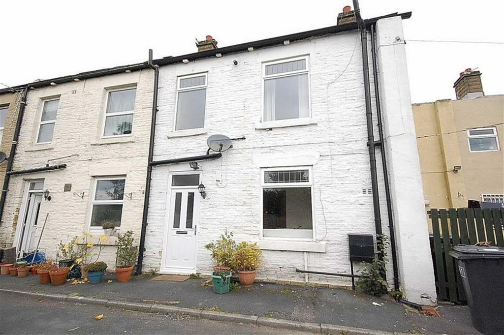 1 Bedroom Terraced House for sale in Halifax Road, Hightown, Liversedge, WF15