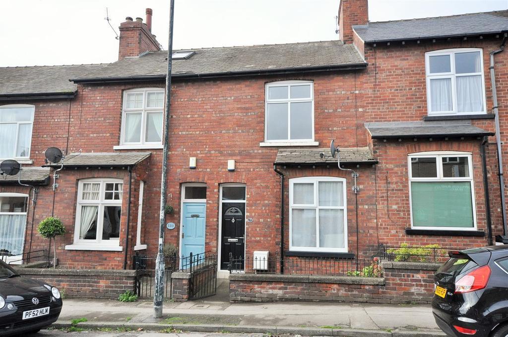 2 Bedrooms Terraced House for sale in Poppleton Road, York, YO26 4UN