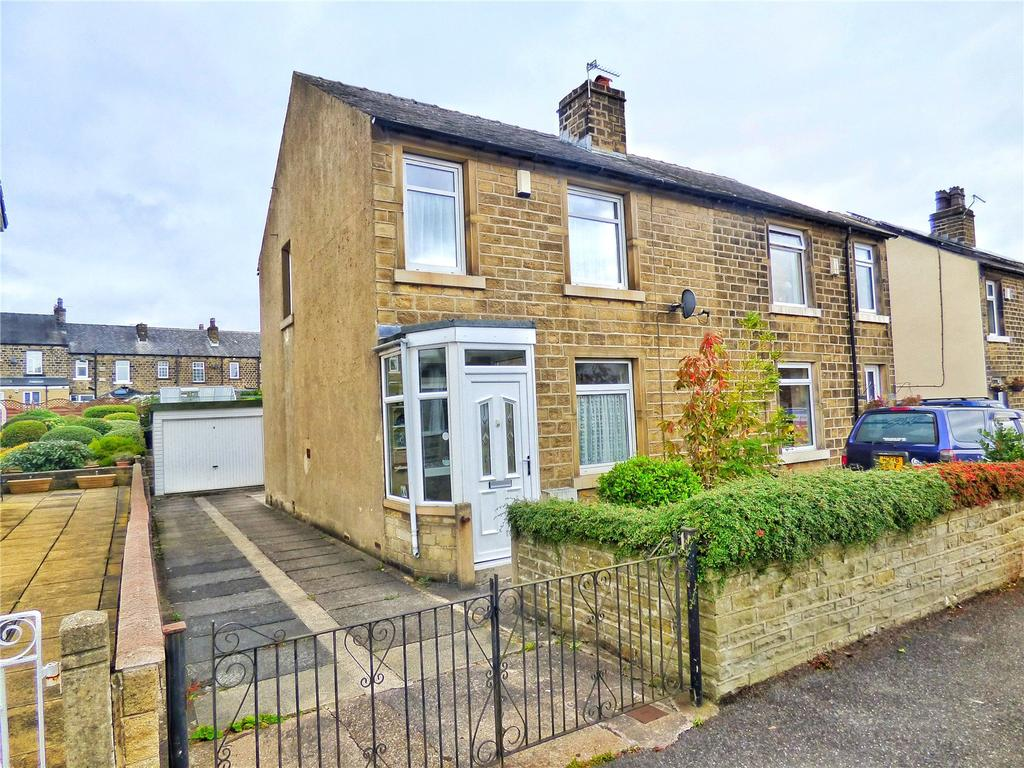 3 Bedrooms Semi Detached House for sale in Carr Street, Marsh, Huddersfield, West Yorkshire, HD3