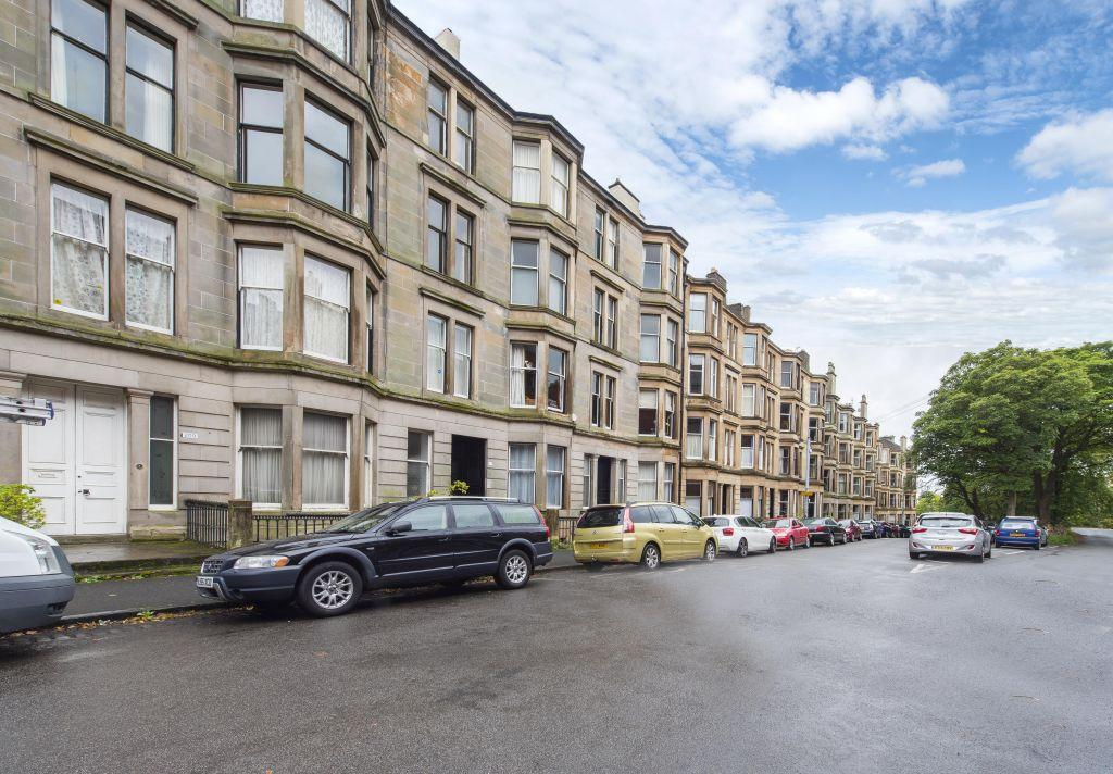 4 Bedrooms Flat for sale in 2/2, 213 Wilton Street, North Kelvinside, Glasgow, G20 6DE