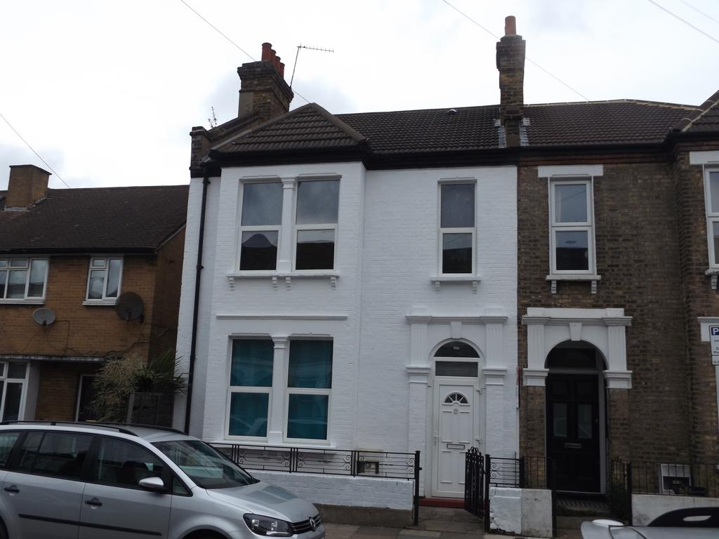 3 Bedrooms Semi Detached House for sale in Renmuir Street, Tooting SW17