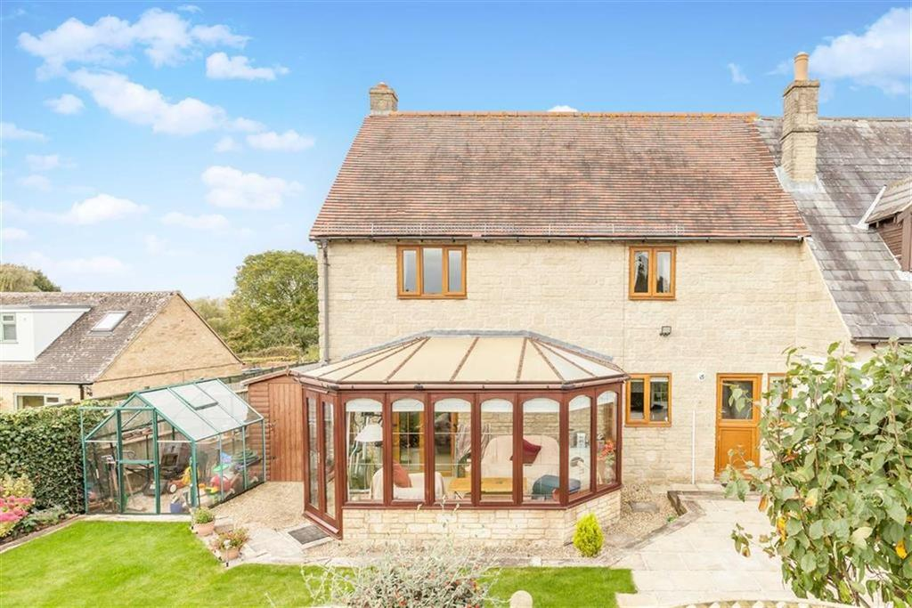 3 Bedrooms House for sale in Rawlinson Close, Chadlington, Oxfordshire