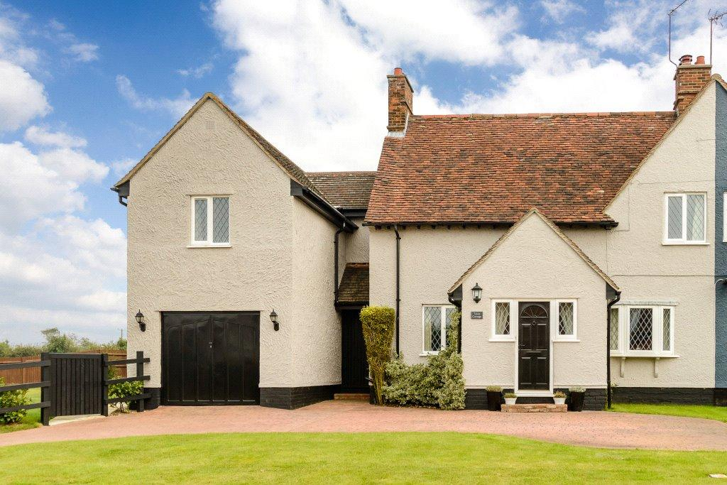 4 Bedrooms Semi Detached House for sale in Bentfield Bower, Stansted, CM24