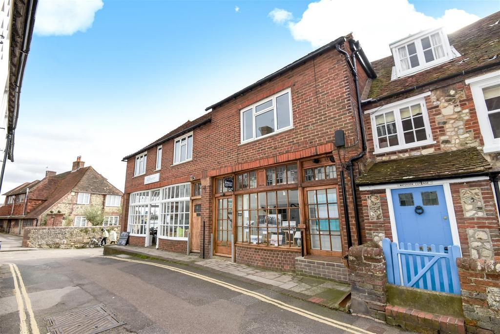 3 Bedrooms Apartment Flat for sale in High Street, Old Bosham