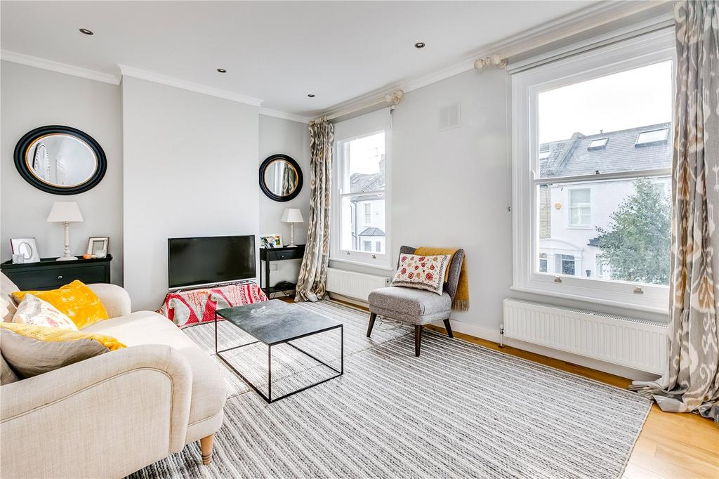 3 Bedrooms Flat for sale in Burnthwaite Road, Fulham, London