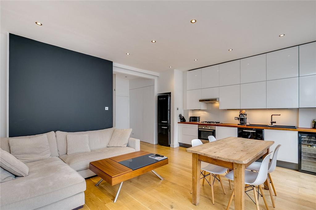 1 Bedroom Flat for sale in St. Stephens Gardens, Bayswater, London