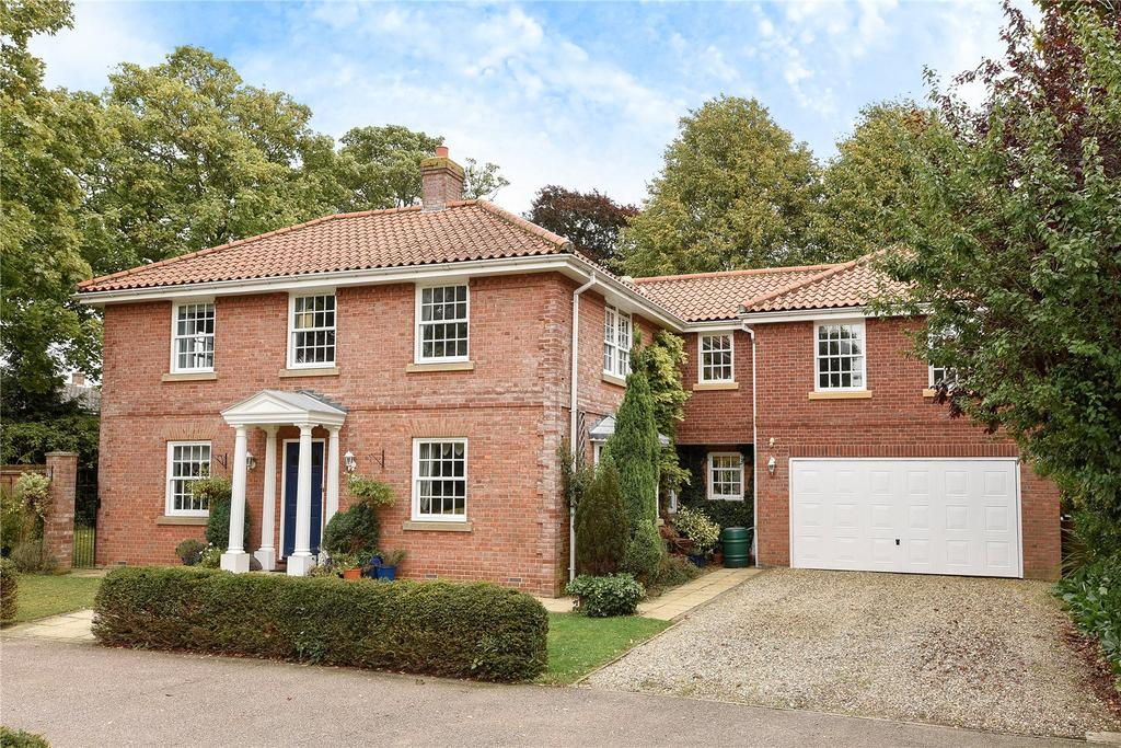 5 Bedrooms Detached House for sale in Selwyn Court, Tattlepot Road, Pulham Market, Diss