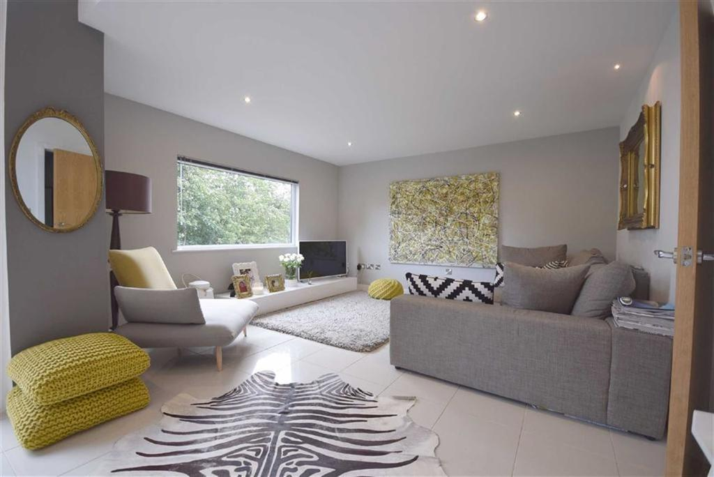 4 Bedrooms Semi Detached House for sale in Riverside Mews, Barrowford, Lancashire