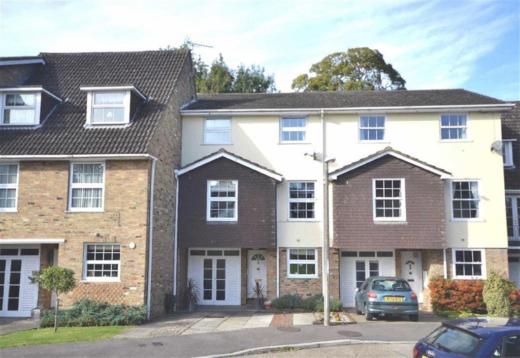 5 Bedrooms Terraced House for sale in Penshurst, Old Harlow, Essex, CM17