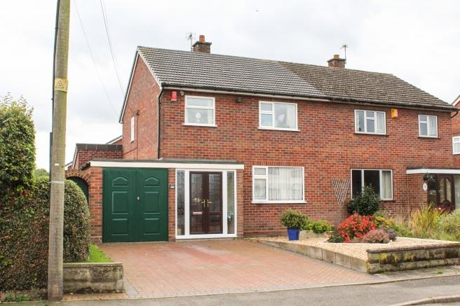 3 Bedrooms Semi Detached House for sale in 100 Muxton Lane, Muxton, Telford, Shropshire, TF2 8PF