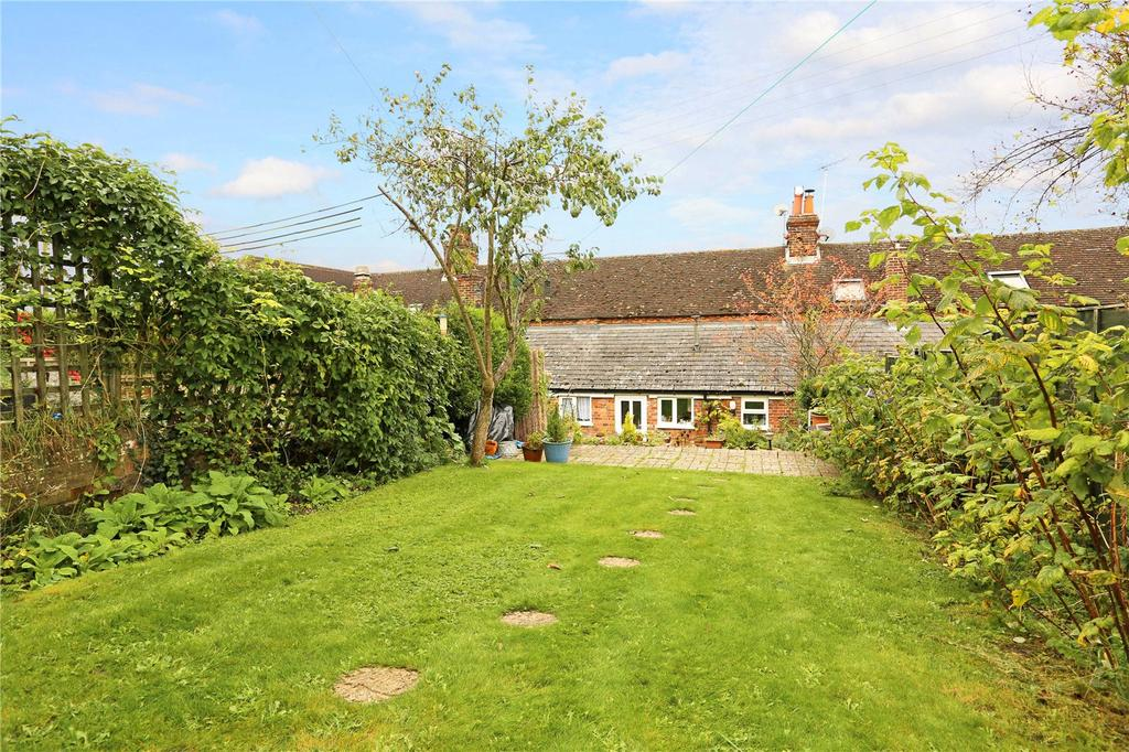 2 Bedrooms Terraced House for sale in Froxfield, Froxfield, Marlborough, Wiltshire