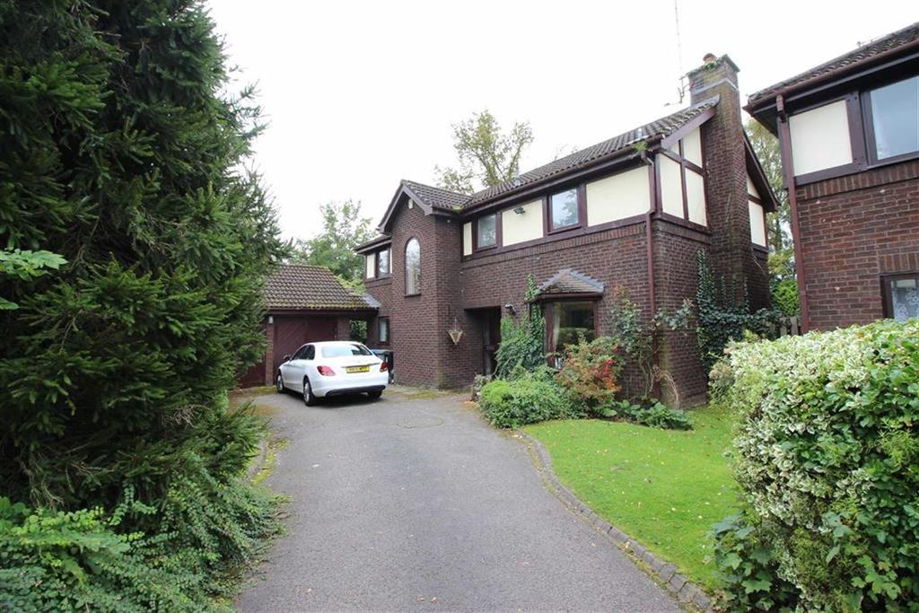 4 Bedrooms Detached House for sale in Lindisfarne Close, Sale