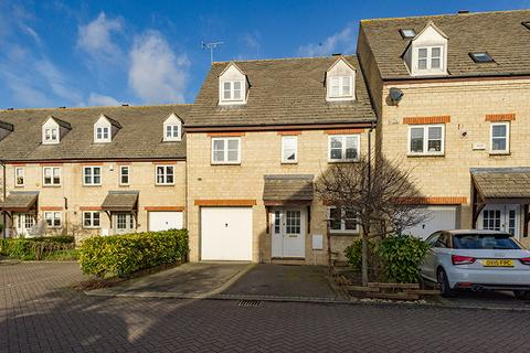 5 bedroom semi-detached house to rent - Waine Rush View, Witney