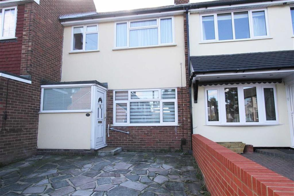 3 Bedrooms Semi Detached House for sale in Havis Road, Stanford Le Hope