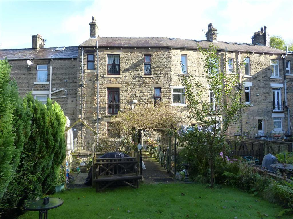 3 Bedrooms Terraced House for sale in Primrose Lane, Glossop
