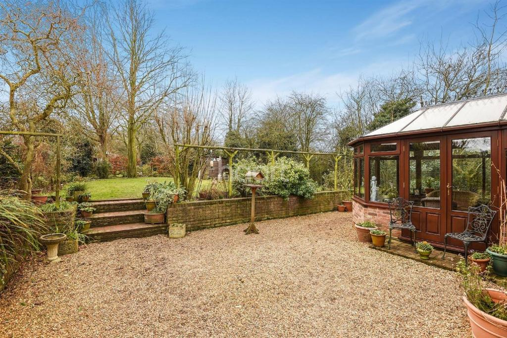 3 Bedrooms Detached House for sale in Watton, Thetford