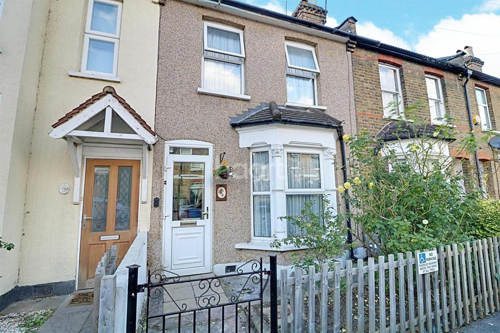 2 Bedrooms Terraced House for sale in Hervey Park Road, Walthamstow