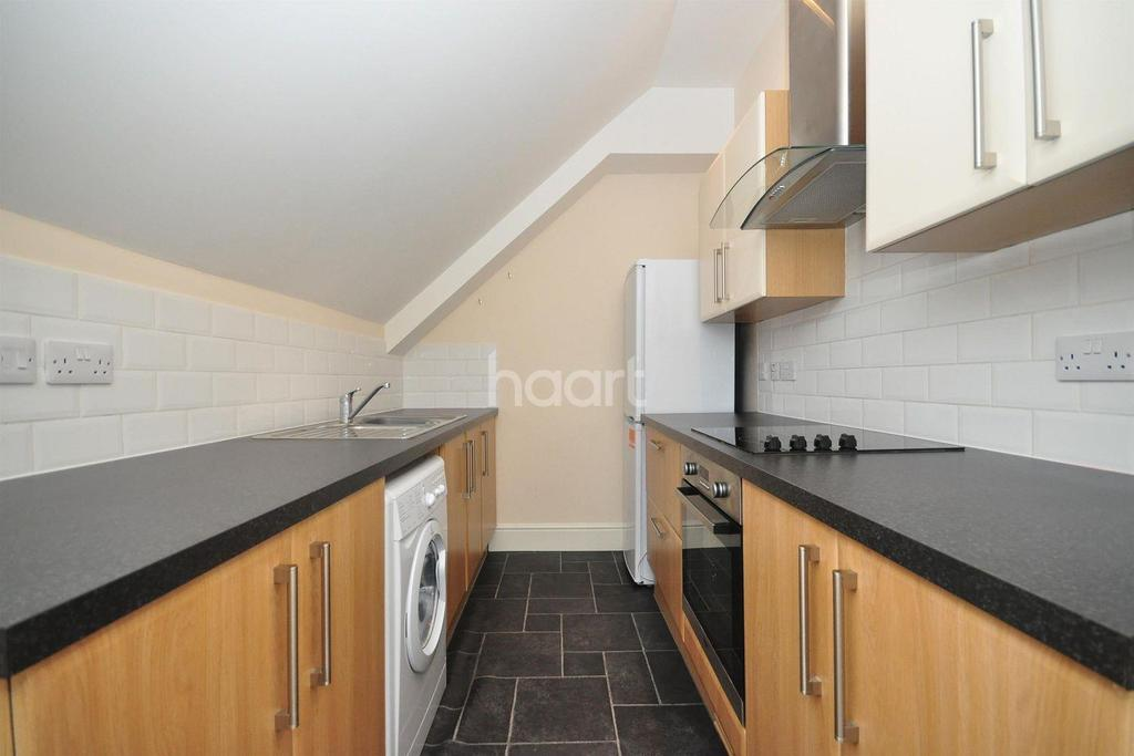 2 Bedrooms Flat for sale in St Peters Road, Broadstairs, CT10