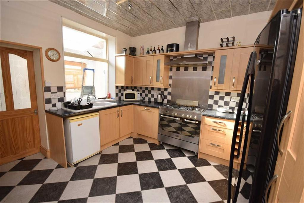 2 Bedrooms Terraced House for sale in Wenning Street, Nelson, Lancashire