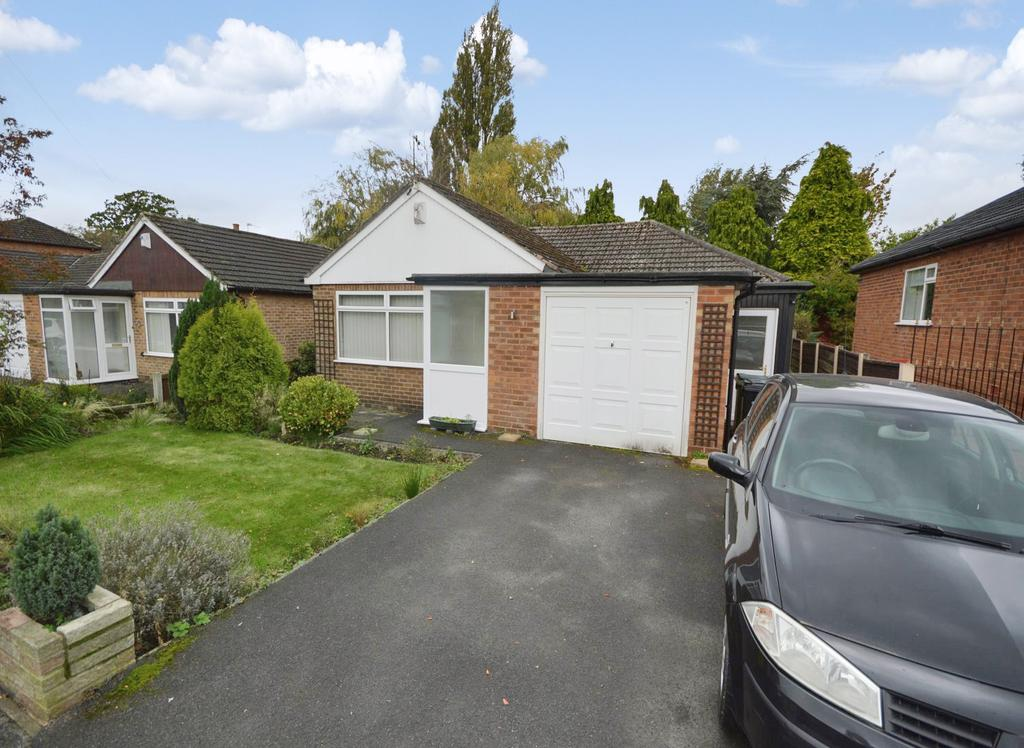 3 Bedrooms Detached Bungalow for sale in Portloe Road, Heald Green
