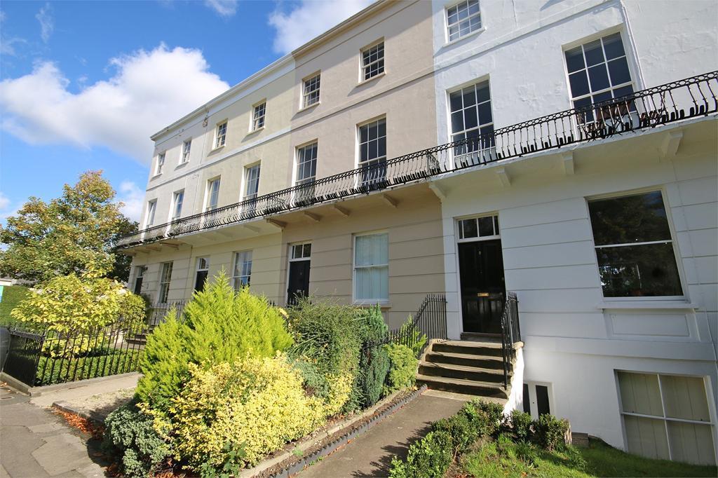 1 Bedroom Flat for sale in Tivoli, Cheltenham
