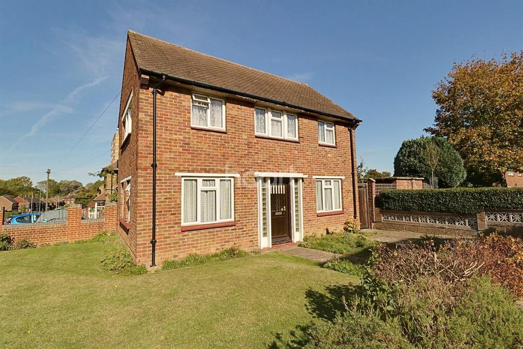 3 Bedrooms Semi Detached House for sale in Quilter Road, Orpington